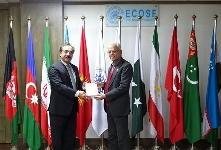 Chairman PSF Prof. Dr. Shahid Baig made a courtesy call on President ECOSF Prof. Manzoor Soomro at his office and discussed the enhanced collaboration between both the organizations (Dec. 31, 2020)